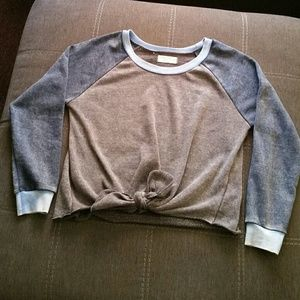 Cropped Knot Sweatshirt